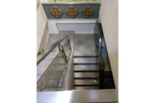 樓梯水泥施作、磁磚鋪貼