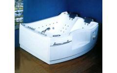 衛浴設備-按摩浴缸AF1815II