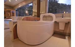 衛浴設備-按摩浴缸實景展示12