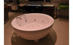 衛浴設備-按摩浴缸實景展示21
