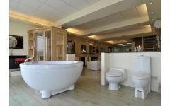 圓形獨立按摩浴缸展示